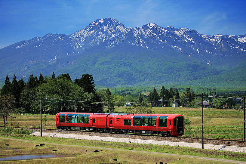 myoko tourist train